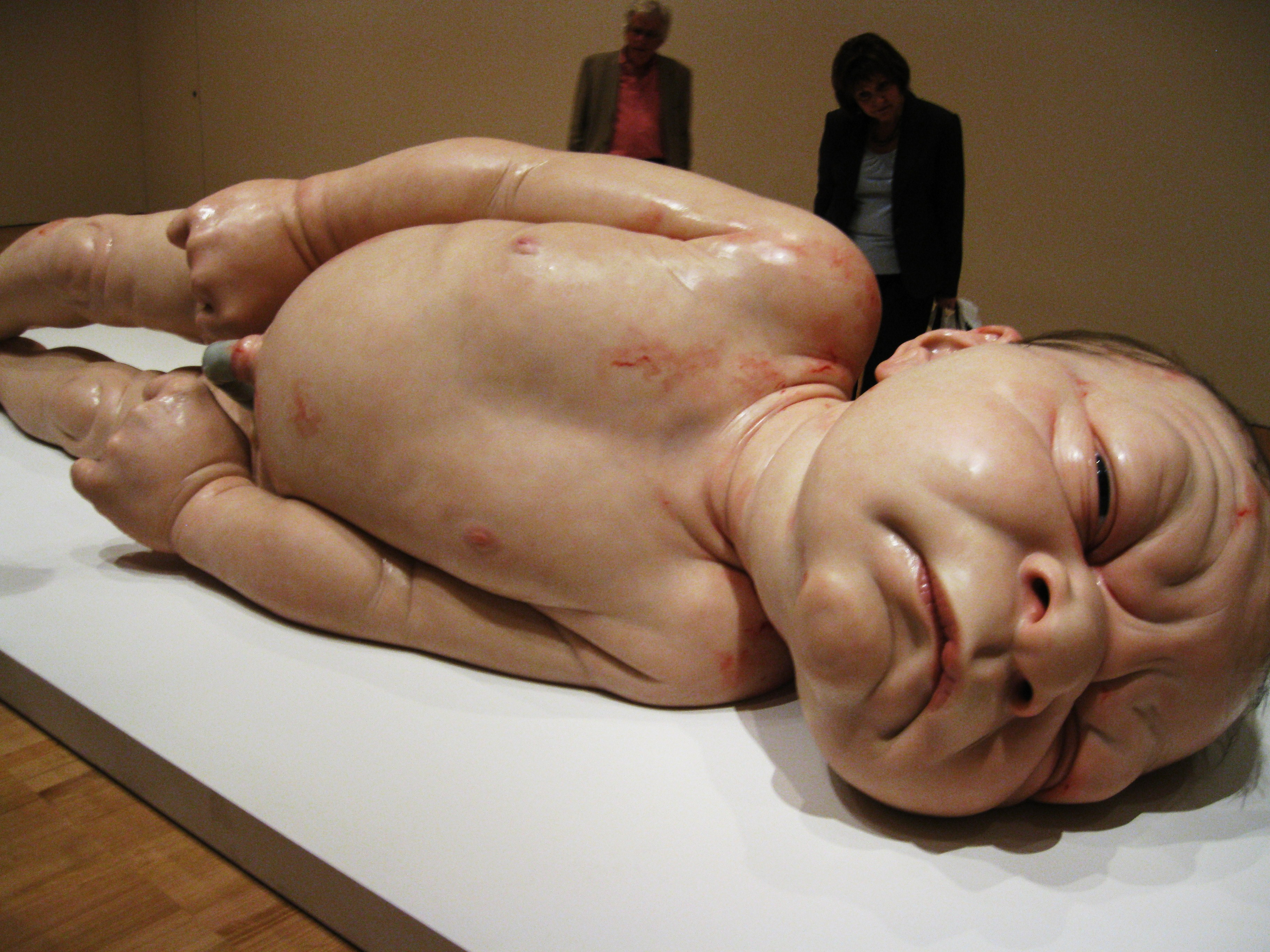 Ron_Mueck_2_by_ARTmonkey90