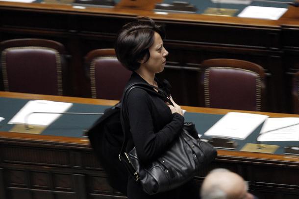 Imu-Bankitalia: protesta M5s con sit in nell'emiciclo