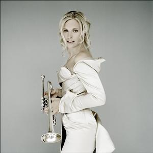 alison-balsom-shines-haydn-hummel-trumpet-concertos-Alison-Balsom-Haydn-Hummel-Trumpet-EMI