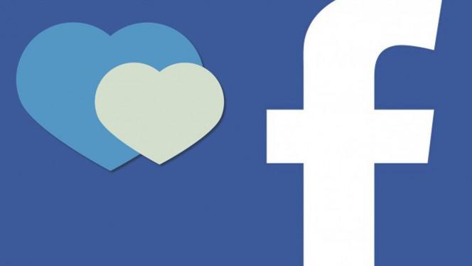 Facebook-heart-664x374