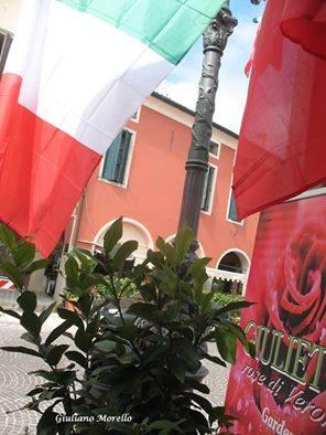 Scorcio di Piazza Vittorio Emanuele II. Foti di Giuliano Morello