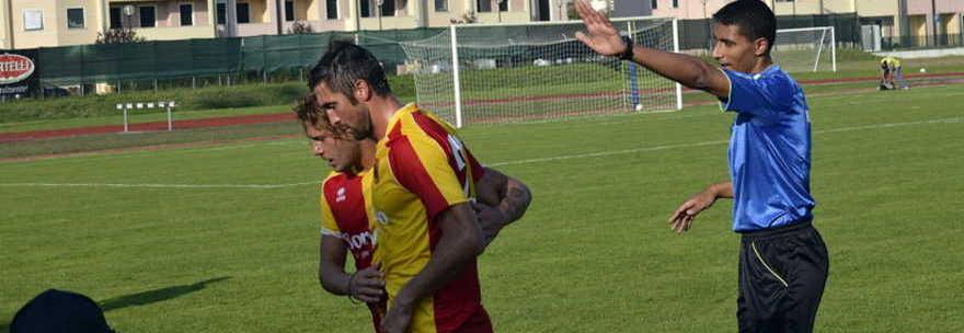 Gli attimi di tensione nel finale di gara contro la Correggese (Foto: ilgazzettino.it)