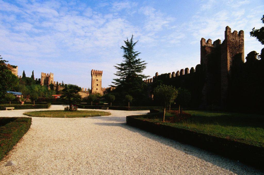 este giardini castello