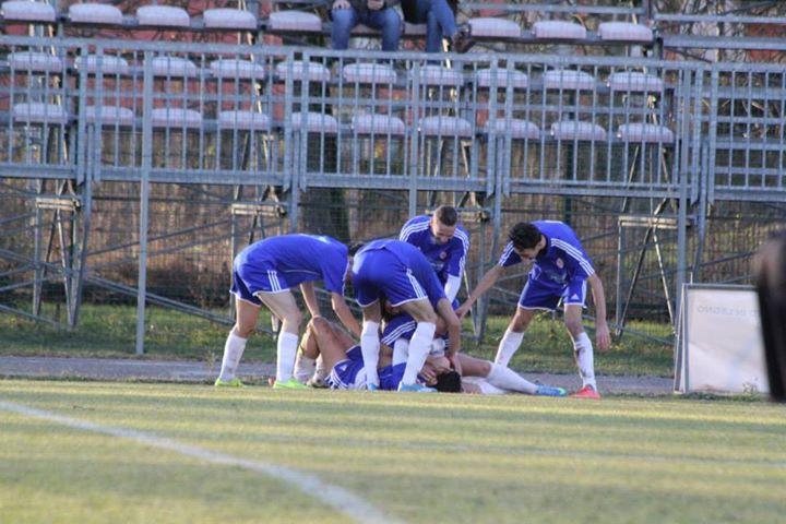 ( Foto di : www.piovesecalcio.it )