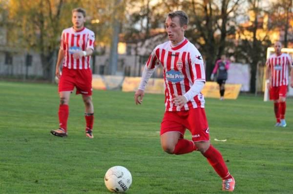( foto di www.piovesecalcio.it )