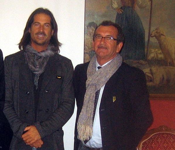 (L'assessore Claudio Benatelli assieme al sindaco Luca Claudio. Fonte foto: www.internews.biz)