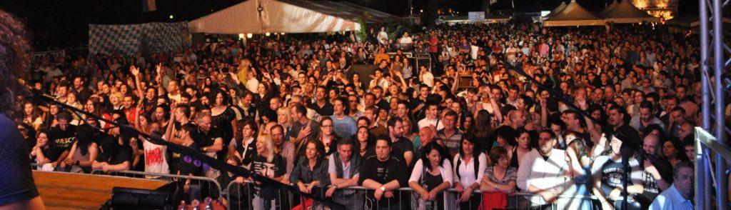 (Concerto all'AlbatrosLIVE Festival. Fonte foto: www.albatroslive.com).