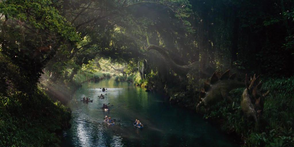 La gita in kayak lungo il fiume dei grandi erbivori, altra spettacolare attrazione di Jurassic World. (Fonte immagine: nerdexperience.it )
