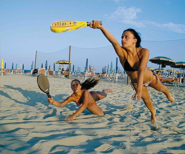 beach-862365_640