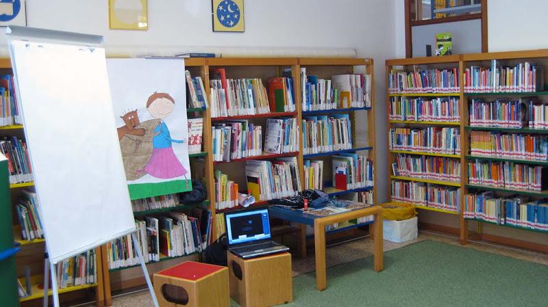L'interno della biblioteca di Selvazzano, una delle sedi dei corsi (Foto: trattonero.blogspot.com)