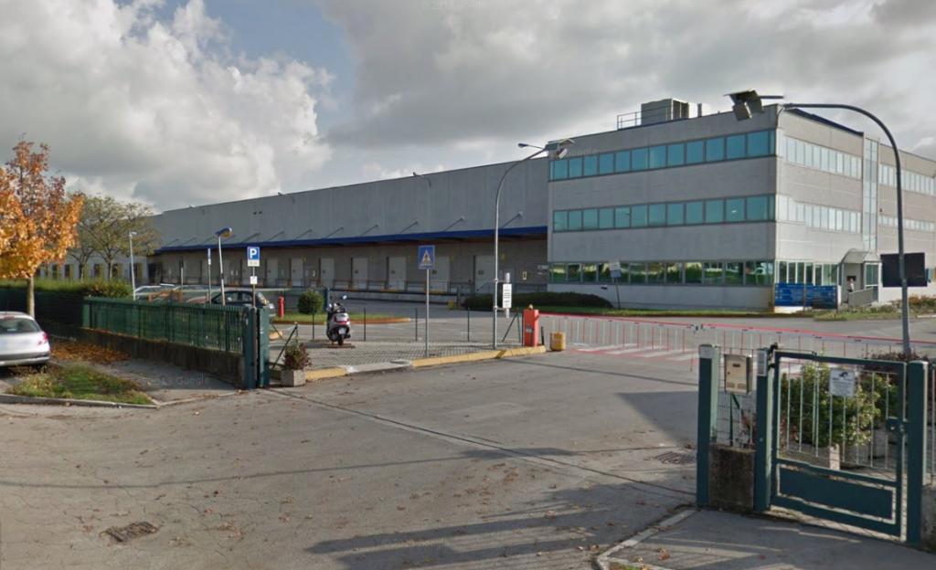 (Il magazzino logistico di Michelin a Tribano)