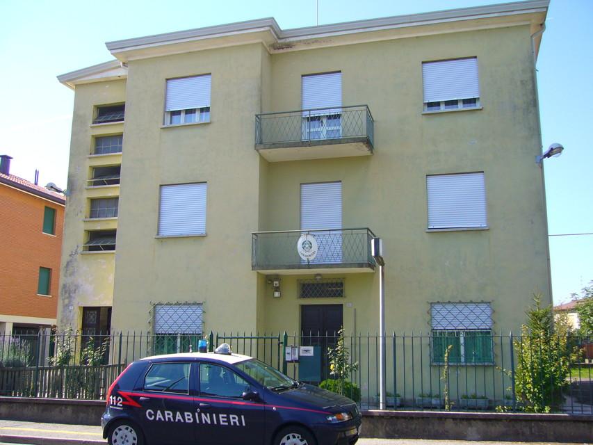 (La caserma di Casalserugo prima del restauro)