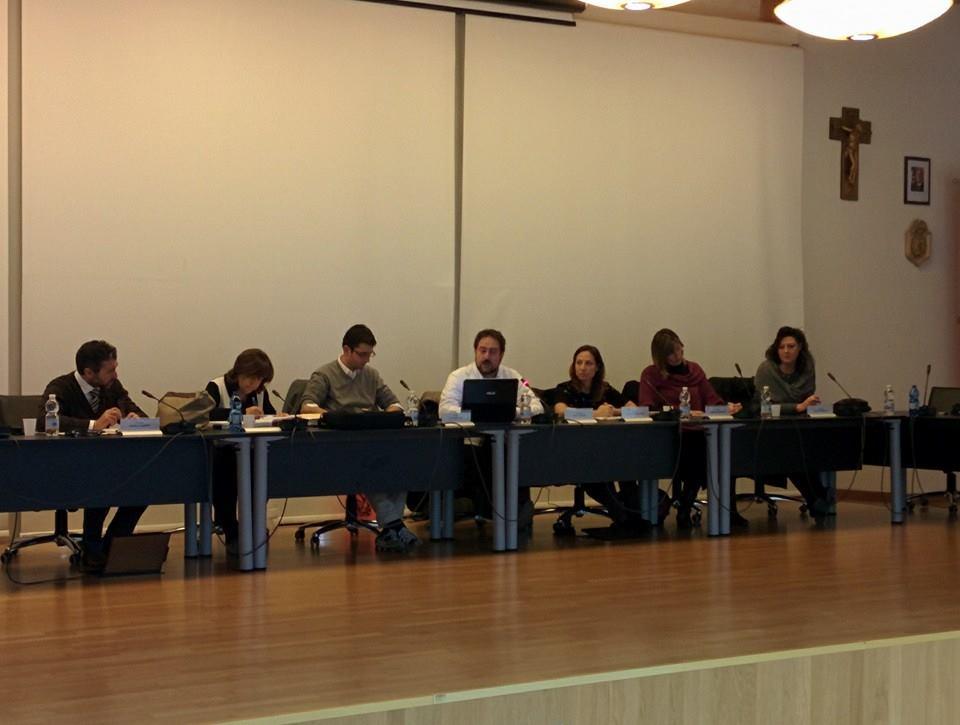 L'amministrazione comunale riunita in Sala Urbano Salvan Fonte foto: Comune di Due Carrare Fb