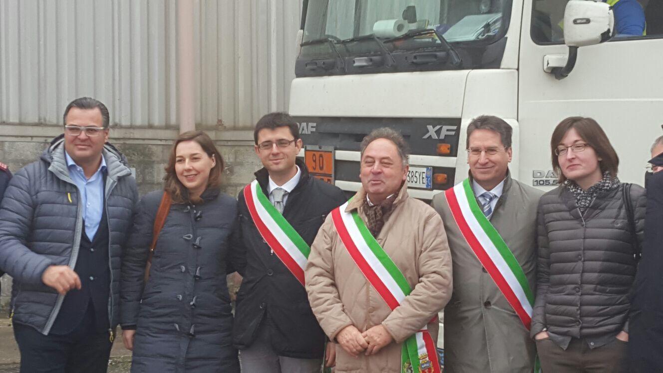 Le autorità presenti. Da destra l'assessore regionale Conte, la deputata Rostellato (M5S), il sindaco Moro, il sindaco Simonetto, il vicesindaco Rango e l'onorevole Narduolo (PD)