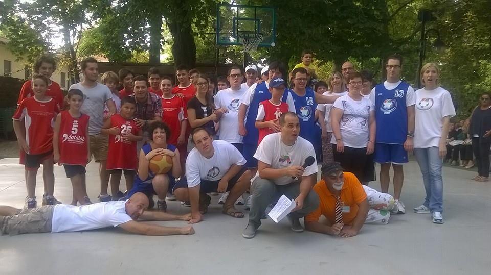 (Monselice Basket e Girondo durante la festa delle associazioni dello scorso anno)