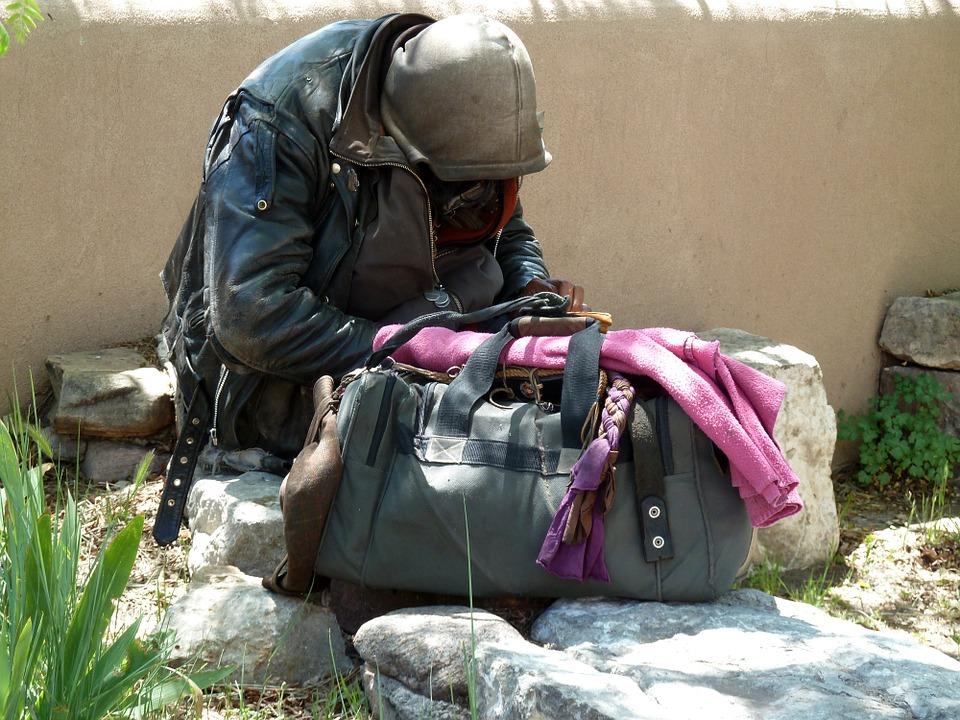 homeless-55492_960_720