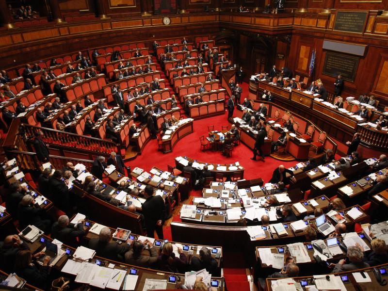 (Parlamento. Fonte foto: www.tornacontoec.it.)