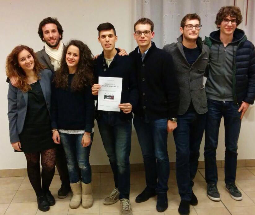 Alcuni dei ragazzi di Giovane Maserà. Fonte foto: www.facebook.com/giovanemaserà